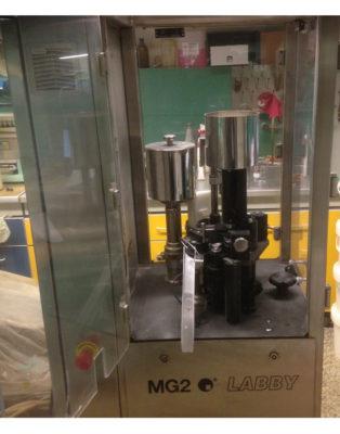 Opercolatrice-automatica-MG2-Labby